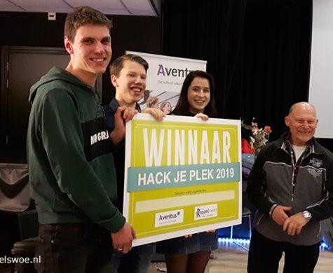 Winnaar 'Aan de Dans' van onze hackathon wil d.m.v. een Virtual Reality Bril ouderen vanuit de eigen woonkamer gezamenlijk in beweging krijgen.