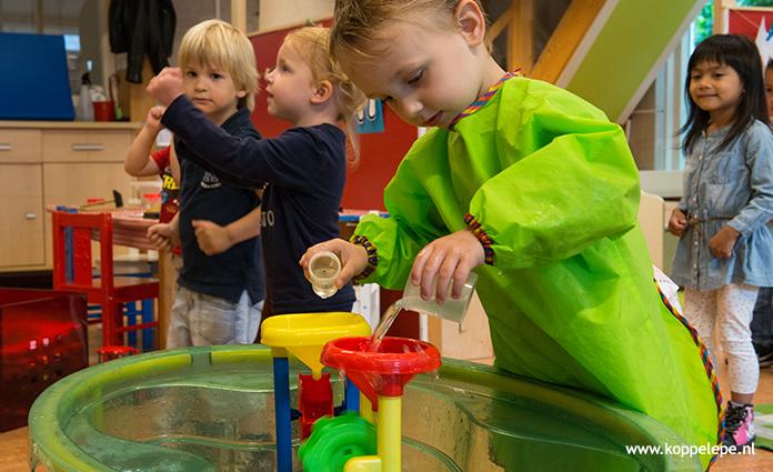 Peuterspeelzaal en peuteropvang Kiddo'sheeft een eigenlokaal in Jenaplanschool 't Hoge land in Epe. 's Middags is er ook BSO op deze locatie.