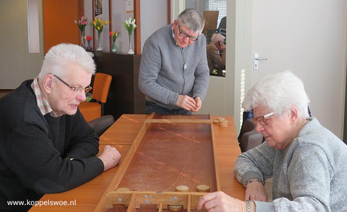 Koppel-Swoe heeft vier Wijk- en Dorpssteunpunten in de gemeente Epe. Vanuit deze punten worden verschillende activiteiten en dienstverlening aangeboden. De Wijksteunpunten zijn Burgerenk in Epe en Bloemfontein in Vaassen. De Dorpssteunpunten zijn gevestigd in het Kulturhus in Oene en in de Hezebrink te Emst. Lees hier meer >>